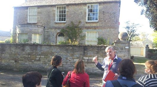 Downton Abbey Coach Tour - guide in Bampton