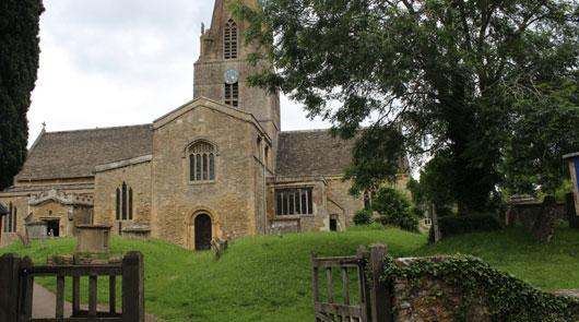 Downon Abbey Coach Tour - Downton Church