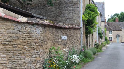 Downon Abbey Tour - Bampton village