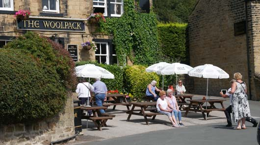 Emmerdale Tour of Classic Locations by Coach