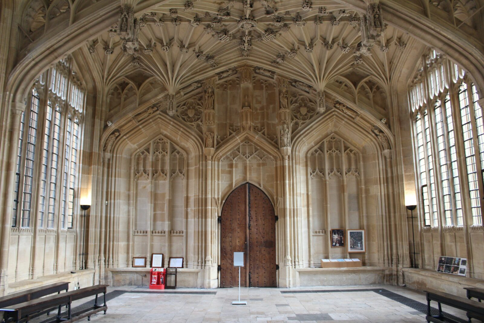 Harry Potter and Movie Locations Tour of Oxford