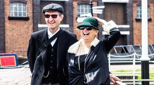 Peaky Blinders Tour Liverpool - Dressed up fans